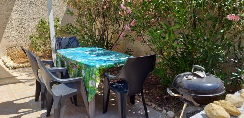 Table et barbecue